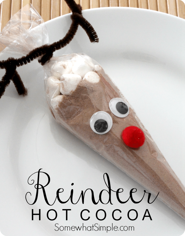 These Reindeer Hot Cocoa Bags are so simple to put together, and they ...