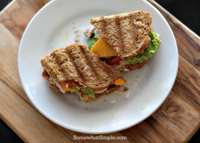grilled_chicken_salad_sandwich_4