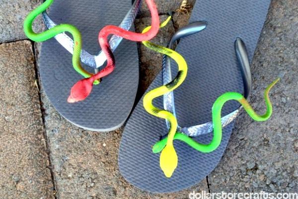 snake-flipflops