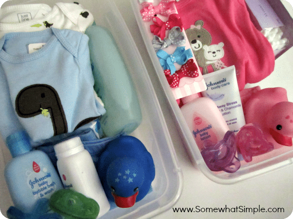 Baby Gift Baskets For Triplets : Baby shower gift for twins somewhat simple
