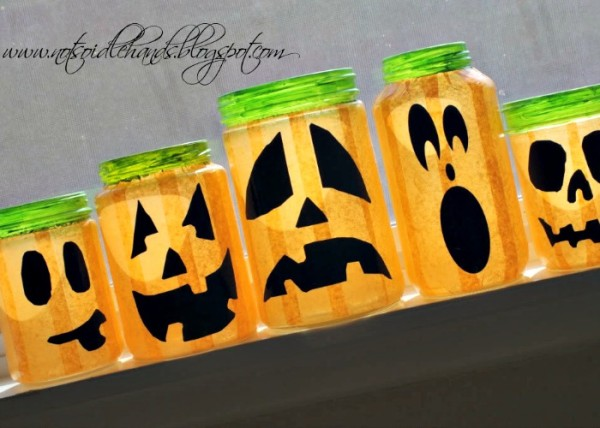 glowing halloween jars 10