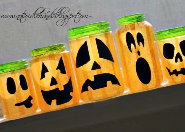glowing halloween jars 10
