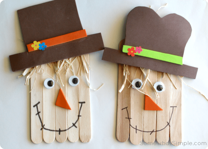 Scarecrow craft a fun and easy art project to do with for Turkey crafts for first grade