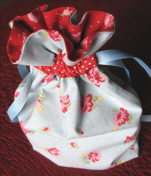 drawstring purse tutorial