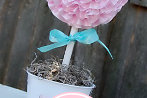 Ruffled Ribbon Valentine Topiary