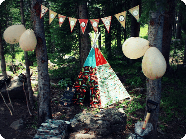 5 boys tent