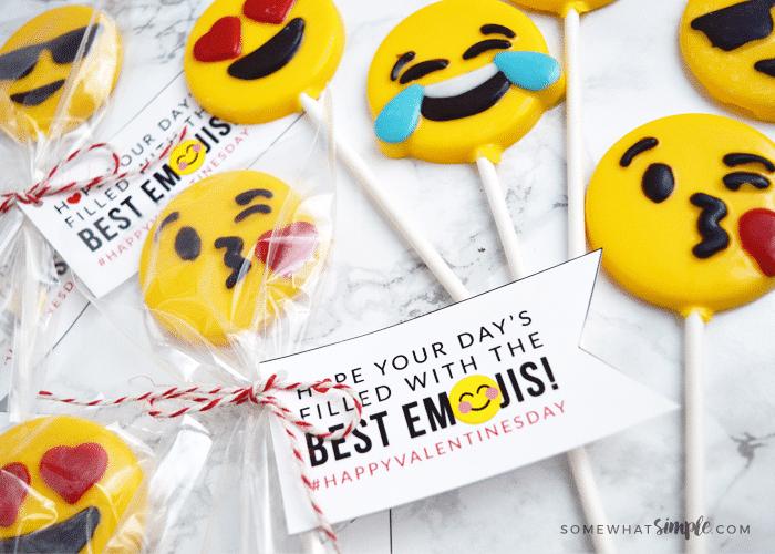How to Make Chocolate Emoji Suckers + Free Printables