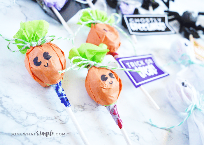 Halloween jack-o-lantern lollipop
