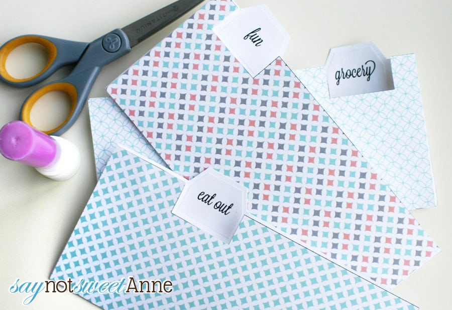 Easy printable budget envelopes by saynotsweetanne com via