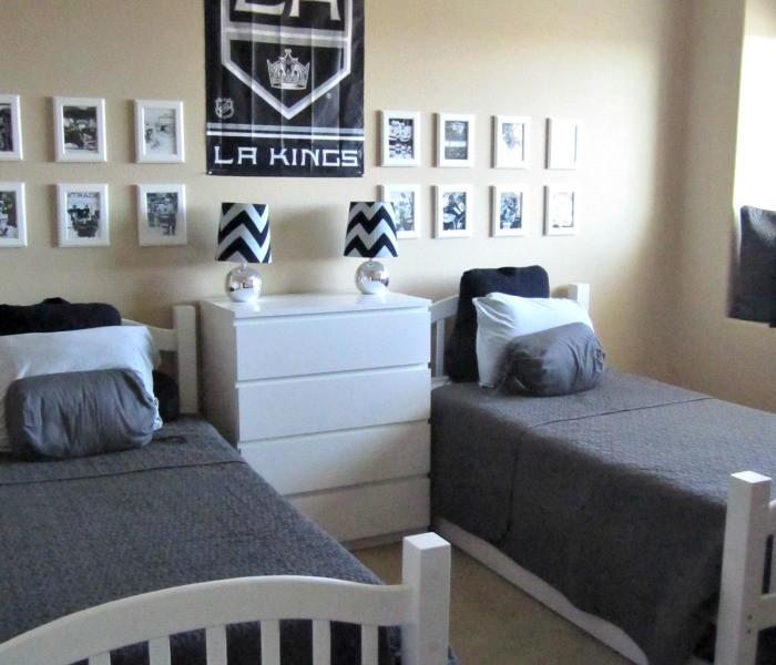 boys hockey room 1