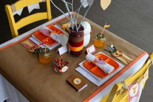 Thanksgiving-Kids-Tables