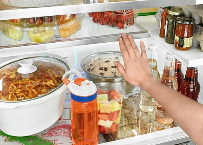how-to-clean-your-refrigerator-6