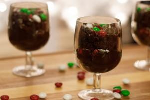 fudgy-peppermint-parfait-dessert