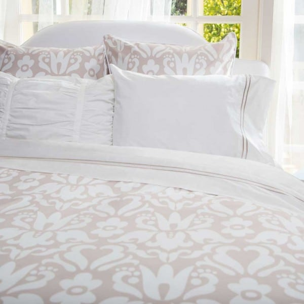 beige bedding 1