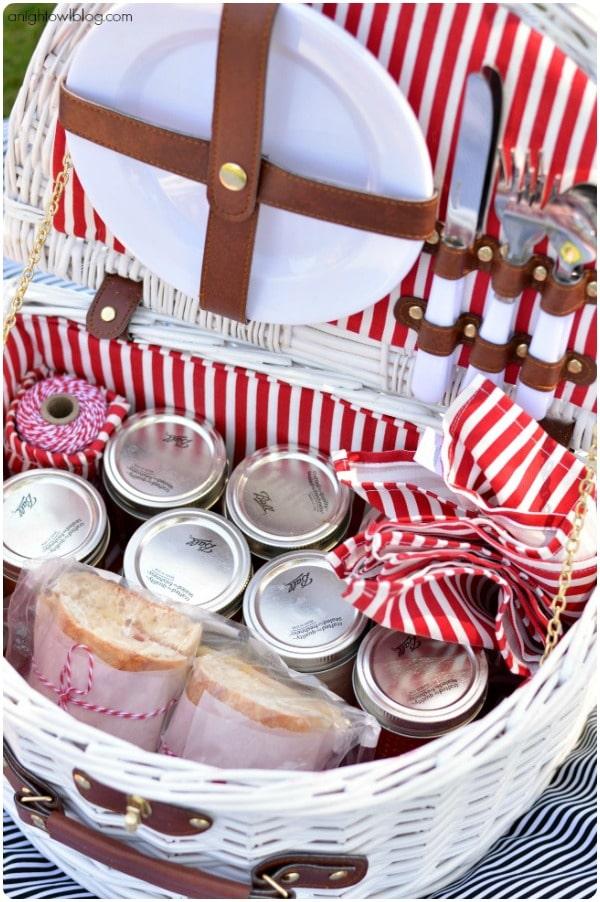 mason-jar-picnic_basket