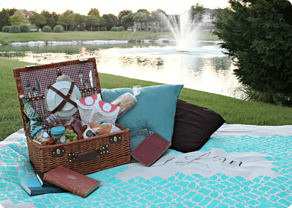 97 Of The Best Picnic Date Ideas – Round Two