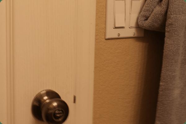 7 guest_bathroom
