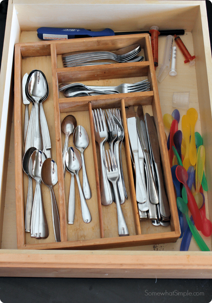 How To Organize Kitchen Drawers Somewhat Simple