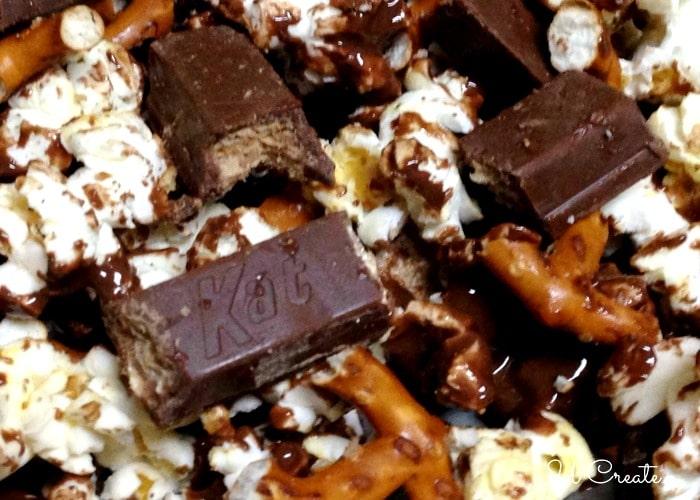 kit-kat-popcorn