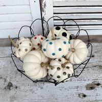 small-white-pumpkin-decorating-ideas-Petticoat-Junktion_thumb