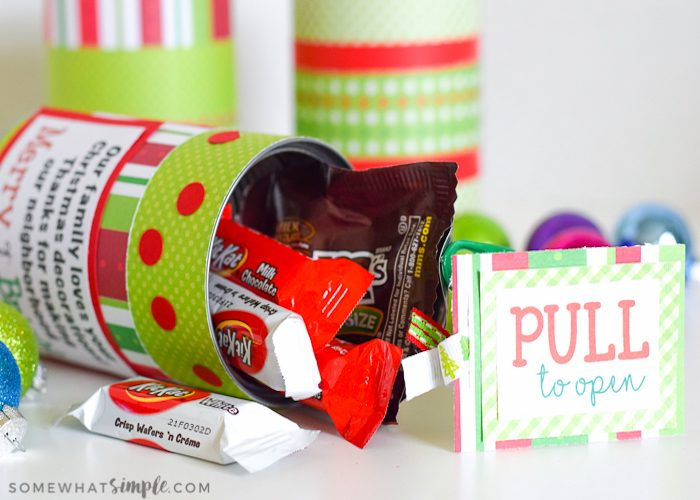Christmas Gifts for Neighbors – Treats in a Can