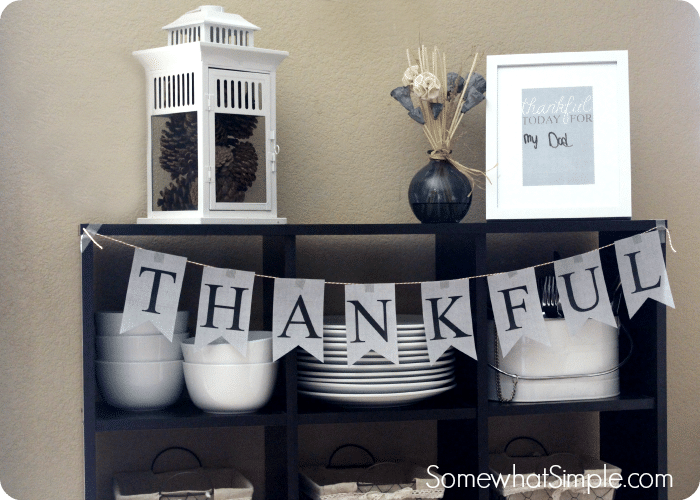 Thanksgiving printables and holiday entertaining for Thanksgiving 2016 home decorations