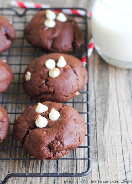 black_and_white_brownie_cookies_2
