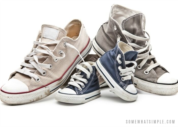 How to Get the Smell Out of Shoes – 5 Easy Methods