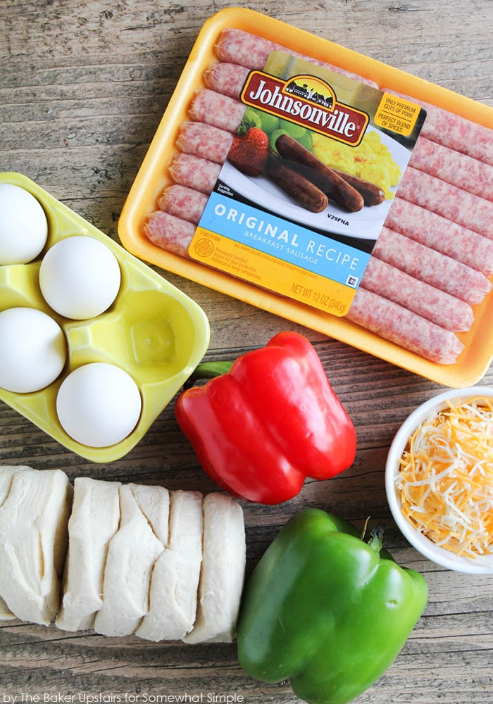 ingredients to make Sausage and Pepper Breakfast Biscuit Casserole