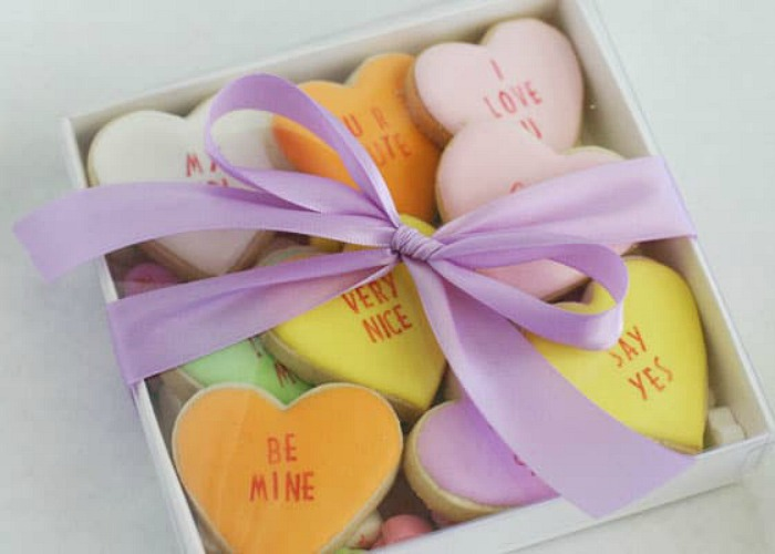 Conversation Hearts – EASY Valentines Day Cookies