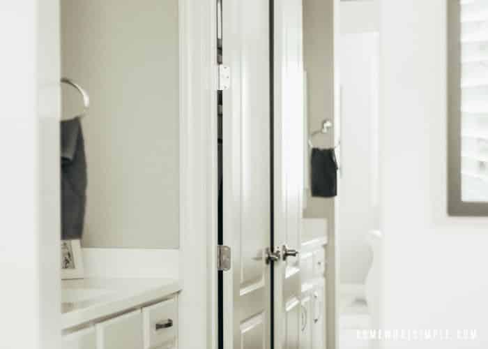 Jack and Jill Bathroom Idea