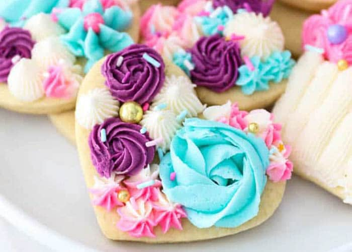 Sugar Cookie Flowers - 10 Ideas - from