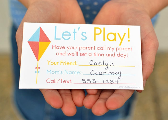 These free printable playdate invite cards are the easiest way to arrange playdates for your kids! Especially when you don't know the other parent, or even if your shy, all you have to do is give this to the kid and their parent will call you to set up a playdate :)