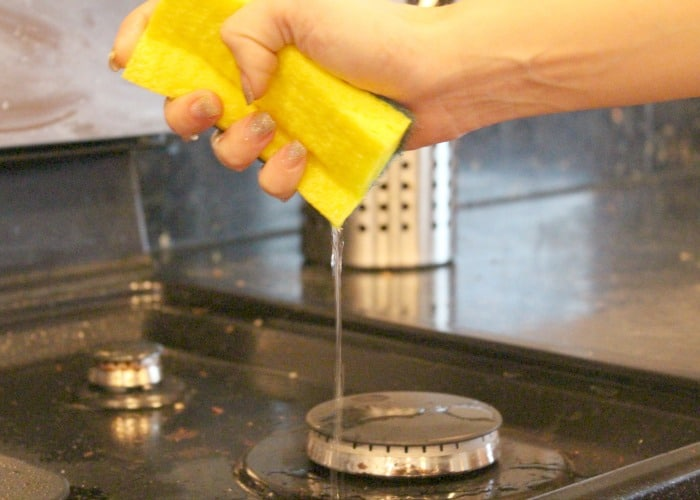 How to Clean Your Stove 7
