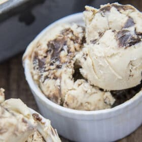 chocolate peanut butter ice cream sccops in a white dish