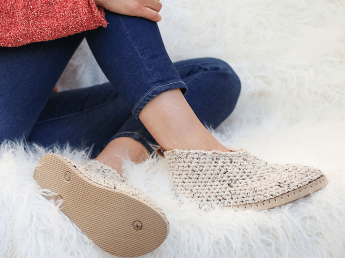 slippers with a flip flop sole
