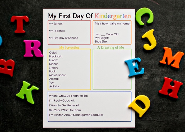 This free printable first day of kindergarten interview is a fantastic way to capture your child as they are when they begin school, with lots of fun details to look back on later!