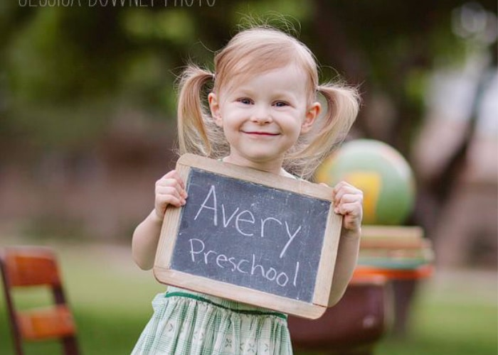 a back to school picture idea of a little girl going to preschool