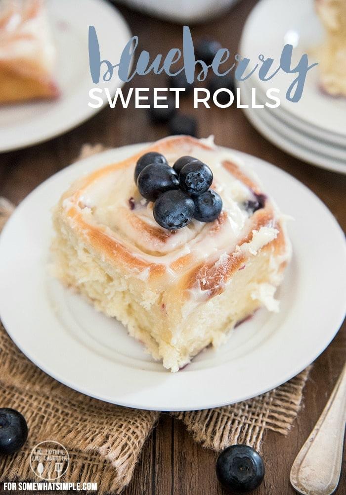 1 Hour Blueberry Sweet Rolls Recipe via @somewhatsimple