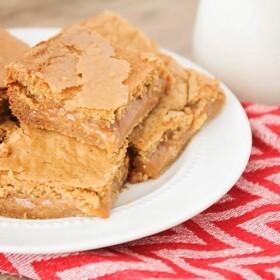 caramel cheesecake cookie bars