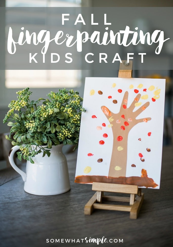 These fingerprint trees are a fun fall art project for the kids! via @somewhatsimple