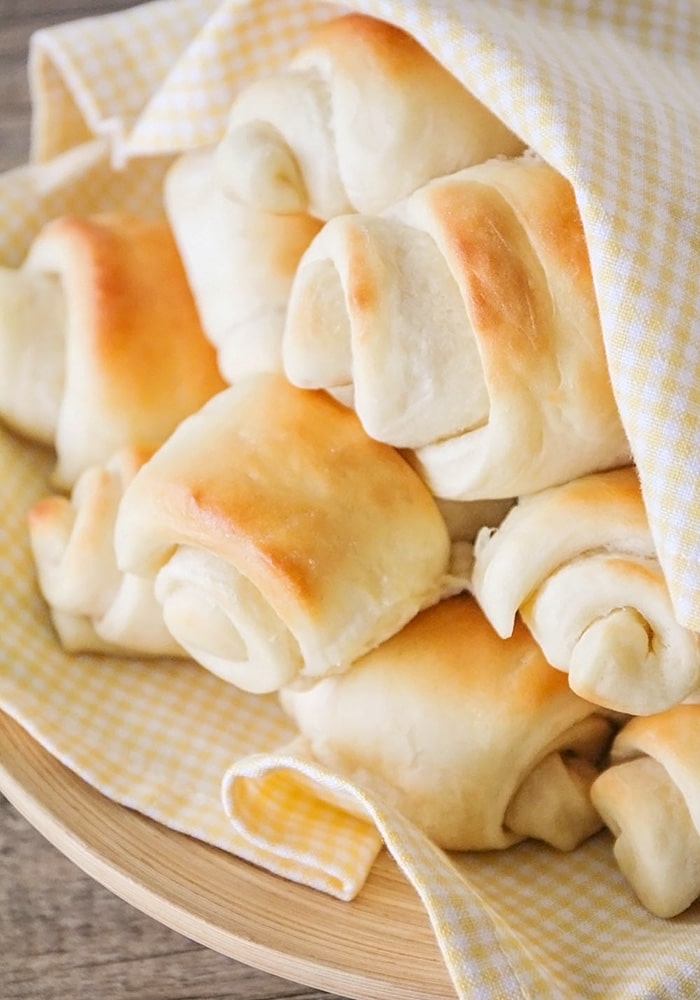 a basket of legendary lion house rolls