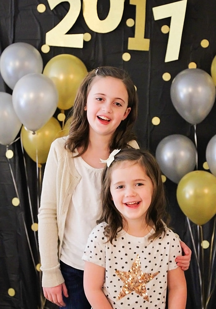 Easy Diy New Years Eve Photo Backdrop Somewhat Simple