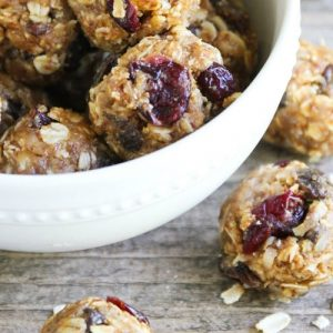 No Bake Peanut Butter and Jelly Energy Bites