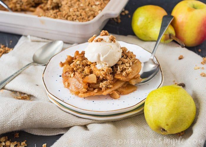 Easy Pear Apple Crumble Recipe