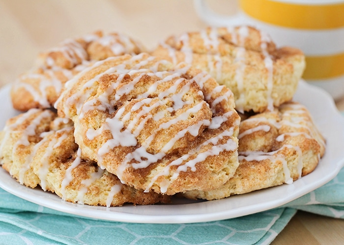 a plate of cinnamon roll scones