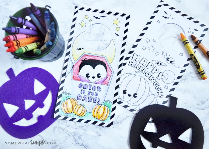 Kids Craft – Halloween Door Hangers Coloring Page