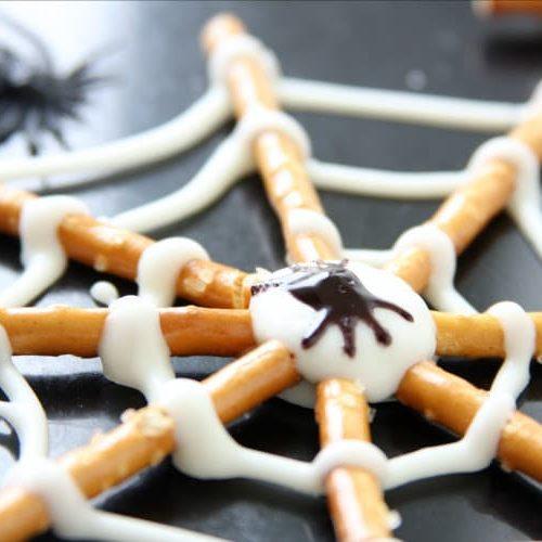 Pretzel Spider Cookies