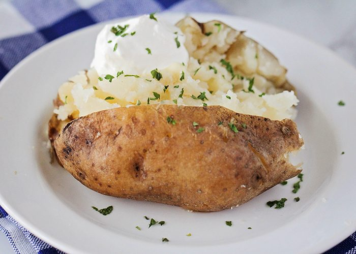 EASY Crock Pot Baked Potatoes – How to Cook Potatoes in a Crock Pot