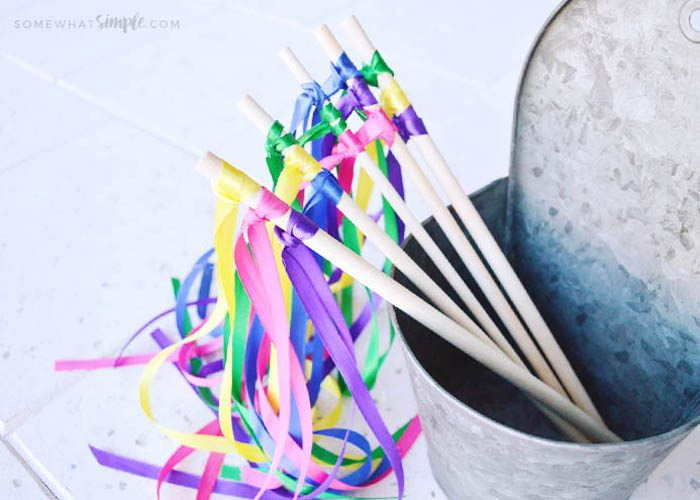 How to Make Ribbon Wands